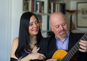 Patricia-Orlando-guitar